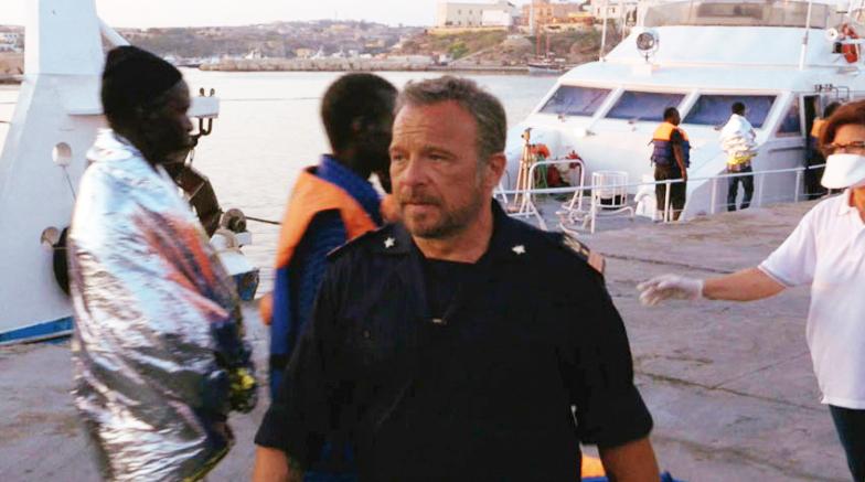 Lampedusa con Claudio Amendola e Carolina Crescentini su Rai1