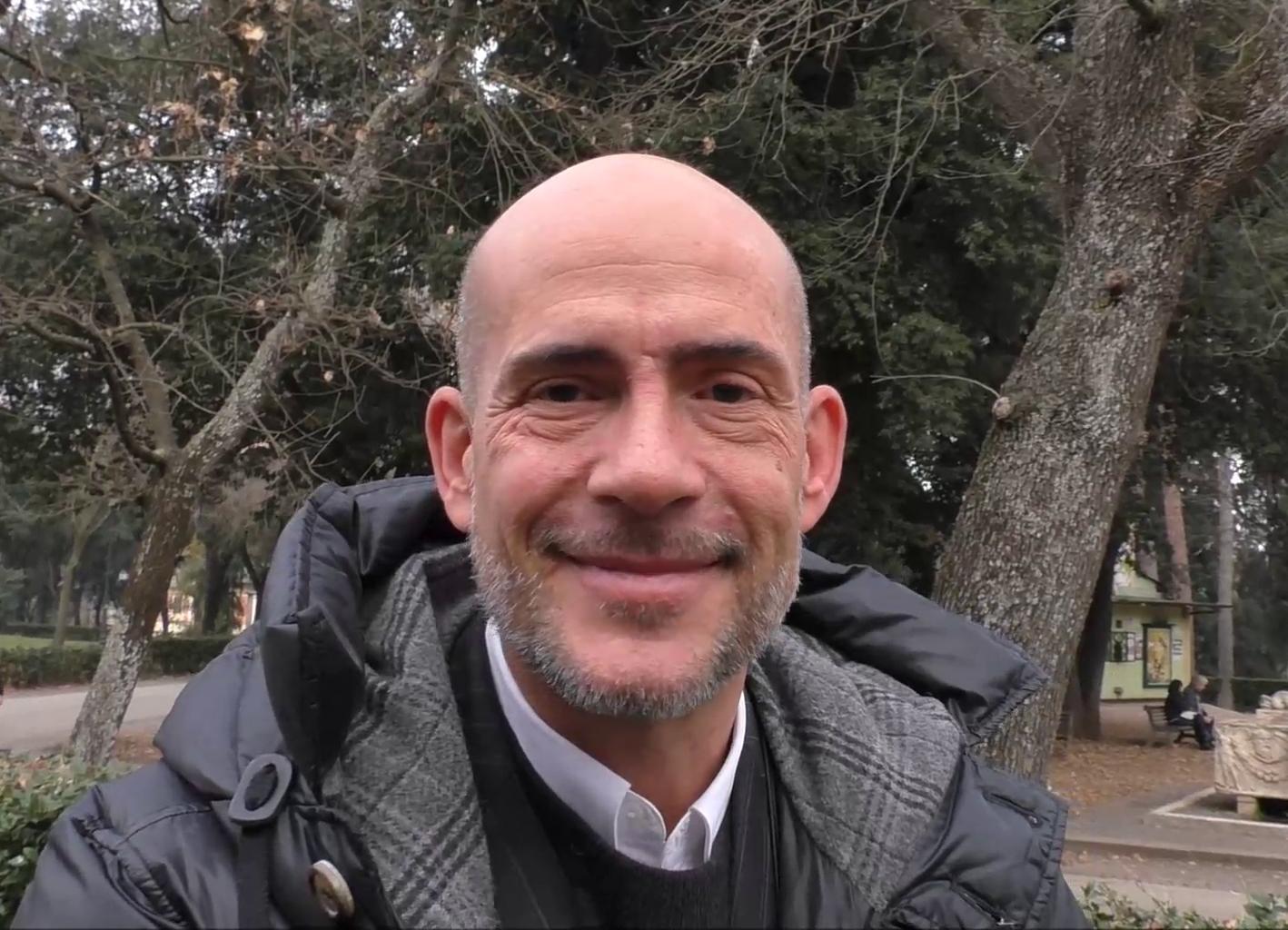 Videointervista a Gianmarco Tognazzi  in Luisa Spagnoli faccio un conte  ridicolo 9e2d5c8b68b