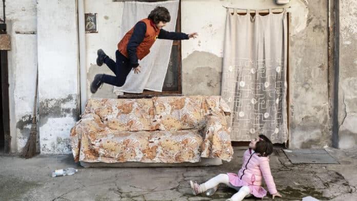 Risultati immagini per Elio Germano è L'uomo senza gravità